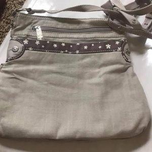 Like new, pop cross body purse from 31